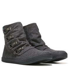 Look fashion forward this season in the Blowfish Chippy Booties.Fabric upper in a casual ankle boot styleRound toeInside zip closureDecorative snap closuresRuching vamp designTextile lining with a cushioning footbed5 inch shaft height, 11 inch circumferenceTraction outsole