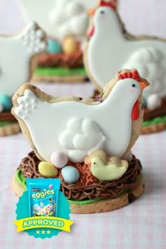 Sweet, buttery and soft with delicious chocolate surprises in every bite. We hope these EGGIES Star winning cuties from @sweetopia make their way to your Easter table. Share your own #eggiescreations this year and you just might be recognized too!