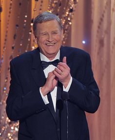 Ken Howard, actor and president of SAG-AFTRA, died on Wednesday, March 23, 2016. He was 71. I first saw him in the series 'Adam's Rib' after Kate & Spencer's film - w/ Blythe Danner. Have such a crush on her.