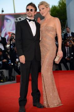 Kate Hudson con su pareja en la primera jornada del Festival de Cine de Venecia 2012