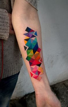 Geometric tattoos one of the most loved tattoo designs by the tattoo lovers. Geometric wolf tattoo is in trend and check other geometric tattoo designs. Tattoos Geometric, Geometric Tattoo Design, Geometric Shapes, Geometric Sleeve, Colorful Tattoos, Geometric Tattoo Forearm, Geometric Patterns, Forearm Tattoos, Body Art Tattoos