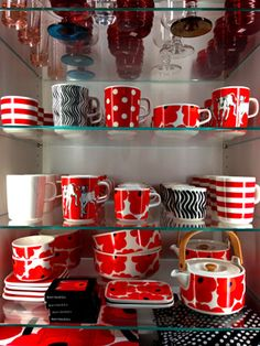 I never got the chance to share with you my little shopping trip while I was in NYC two months ago. Marimekko, Checkered Tablecloth, Swedish Design, School Colors, Decoration, Home Projects, Finland, Kitchenware, Tableware