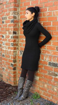 another McCall 6886, with cowl (not attached, so the look can vary)