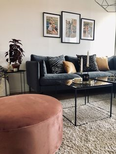 Livingroom inspo The post Livingroom inspo appeared first on Vardagsrum Diy. Living Room Modern, Home Living Room, Apartment Living, Living Room Decor, House Furniture Design, Home Furniture, House Design, Cozy Sofa, Cheap Home Decor
