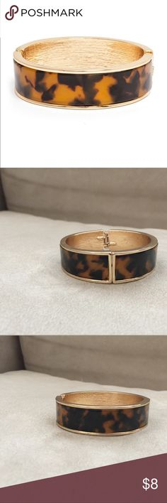 Baublebar Tortoise Milan Bangle with bag, NWOT Never wore this bangle and it needs a home! Baublebar Jewelry Bracelets