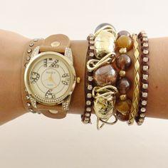 Relógio com Couro Marrom      www.relogiosdadora.com.br