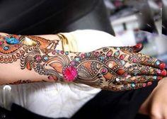 Beautiful Stylish Mehndi Designs For women 2012 - Mehndi DesignsMehndi Designs