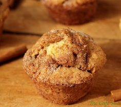 I Love SnickerDoodles - The Café Sucré Farine: SnickerDoodle Muffins with . Peanut Butter Cookie Recipe, Cookie Recipes, Muffin Recipes, Cupcake Recipes, Bread Recipes, Dessert Banana Split, Donut Hole Recipe, Recipe Box, Snickerdoodle Muffins