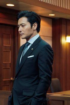 Jang Dong-gun is Choi Kang-Seok in the Korean drama Suits Asian Actors, Korean Actors, Suits Serie, Suits Korean, Lee Byung Hun, Sexy Asian Men, Upcoming Series, Korean Face, Korean Dramas