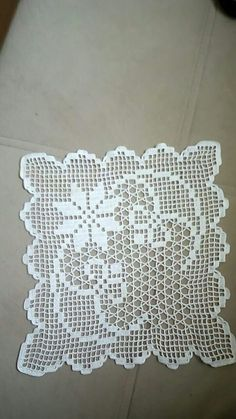 Crochet doilies square white set 9 06 x 9 06 in - Her Crochet Free Crochet Doily Patterns, Crochet Borders, Crochet Chart, Crochet Motif, Crochet Designs, Crochet Stitches, Crochet Cushions, Crochet Tablecloth, Crochet Dollies