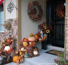 Pumpkin photos can give you lots of carving and pumpkin decorating ideas for fall or Halloween. Use pumpkin decorations alone, in groups, or with other fall items to make your porch the envy of the neighborhood. Outside Decorations, Halloween Door Decorations, Thanksgiving Decorations, Seasonal Decor, Thanksgiving Ideas, Church Decorations, Wedding Decoration, Autumn Decorating, Porch Decorating