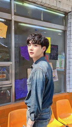 Min Yoongi Bts, Min Suga, Bts Jimin, Bts Aegyo, Jimin Jungkook, Daegu, Foto Bts, Bts Photo, Mixtape