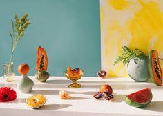 En explorant l'utilisation des objets de tous les jours, des fruits et des légumes, la photographe Melissa Gamache, tournée à Montréal, a publié cette belle série de natures mortes intitulée …
