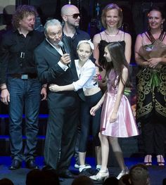 Karel Gott, Celebrity, Concert, Memories, Celebs, Concerts, Famous People
