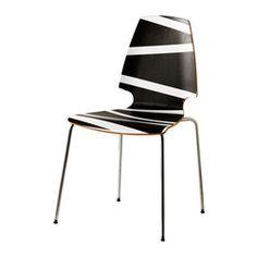 Klapstole og stabelstole - Spar plads med stabelbare stole