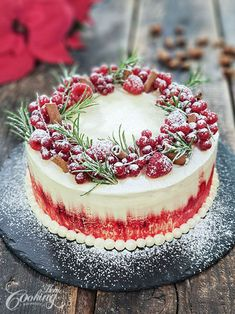 Cake This Winter Cake is an impressive dessert that everybody will love, perfect for winter holidays.This Winter Cake is an impressive dessert that everybody will love, perfect for winter holidays. Christmas Treats, Christmas Baking, Best Christmas Desserts, Christmas Cake Decorations, Christmas Deco, Winter Christmas, Winter Torte, Winter Cakes, Moist White Cake