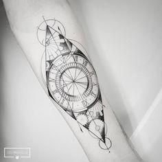 Vlw Gabriel!!!  . Para agendamentos e dúvidas: WhatsApp 11 9 4479 9324 . #inkedlife #dotwork #pontilhismo #animaltattoo #geometrictattoo #surrealtattoo #blacktattoo #art #cutetattoos #blacktattoo #linetattoo #blackworkerssubmission #linework #inspiredtattoos #tattoo2me #love #meaningful #meaningfultattoos #blackart #cutetattoo #clocktattoo #geometrictattoo