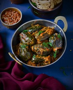 Masala baigan- Easy and delicious masala baigan recipe made in pressure cooker,goes well with roti and rice both Baigan Recipes, Paratha Recipes, Paneer Recipes, Brinjal Recipes Indian, Indian Veg Recipes, Italian Recipes, Vegetarian Cooking, Vegetarian Recipes, Cooking Recipes