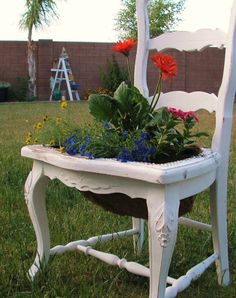 Painted Chair Planter | chair planter | My Sister's Jar
