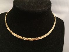 Vtg Stunning Crown Trifari Shiny Gold Tone Weaved Style Chunky Chain Necklace | eBay