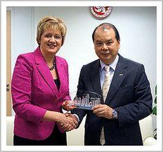 Federal Deputy Minister of #Labour Hélène Gosselin visits Hong Kong