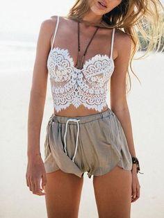84b529872b318 Eyelash Bralette + Safari Shorts Beach Shorts Outfit
