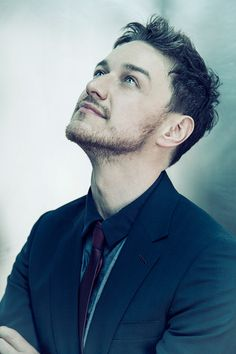 James McAvoy, photographed by Sarah Dunn Charles Xavier, Scottish Actors, British Actors, British Men, Gorgeous Men, Beautiful People, Sarah Dunn, X Men, James Mcavoy Michael Fassbender