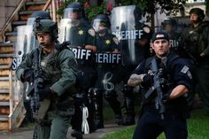 "White House to Scrap All Limits on the Pentagon's Police Militarization Program 1033 - High-calibre machine guns, bayonets, tracked armored vehicles and ""weaponized aircraft"" from the U.S. military will soon be available to local police. #police #policemilitariazion"
