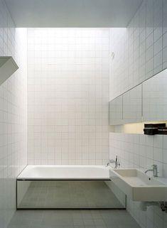 Mirrored bath surround at No.5 House by Claesson Koivisto Rune.