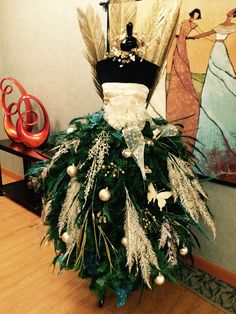 designed by Francine S. in Greensboro, NC for her OB-GYN office (Diy Christmas Outfit)