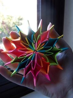 Origami Fireworks--I actually made this! so pretty! you can spin it and see all the sides
