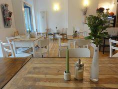 http://www.iheartberlin.de/2014/12/08/meet-sophia-berlins-resident-vegan-expert/
