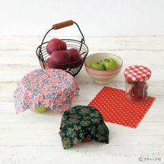 フェルトのお菓子!簡単に作れるドーナツの作り方|ぬくもり Origami, Scrappy Quilts, Origami Art