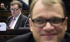 """Pääministeri Juha Sipilä (oik) sanoi soittaneensa Paavo Väyryselle, koska """"ei halua riidellä kenenkään kanssa""""."""