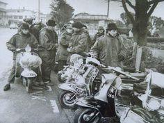 Retro Scooter, Youth Subcultures, Honda Cub, Mod Girl, London Clubs, Vespa Lambretta, 60s Mod, Mod Fashion, Motown