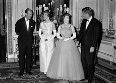 Queen Elizabeth II and the Duke of Edinburgh hosted former President John F. Kennedy and first lady Jackie Kennedy for a state dinner at Buckingham Palace on June This visit was also portrayed in Netflix's show Jfk And Jackie Kennedy, Los Kennedy, Pictures Of Queen Elizabeth, Queen Elizabeth Ii, Princess Anne, Princess Margaret, Windsor, Royal Films, Isabel Ii