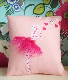 Ballerina ballet dancer cushion by TLBcrafthouse on Etsy Ballet Crafts, Dance Crafts, Cute Pillows, Baby Pillows, Throw Pillows, Sewing Crafts, Sewing Projects, Pillow Crafts, Sewing Pillows