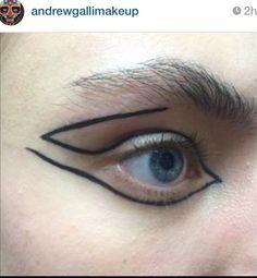 #Graphic #eyeliner