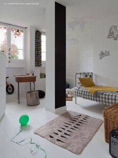 Appartement à Montmartre || Réalisation de l'architecte Marion Collard | Boy Room