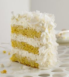 Try Fresh Coconut Mousse Cake! You'll just need For the coconut cake layers:, 1 cups unbleached all-purpose flour, 2 teaspoons baking powder, Kokos Desserts, Coconut Desserts, Coconut Recipes, Köstliche Desserts, Delicious Desserts, Coconut Cakes, Fresh Coconut Cake Recipe, Diabetic Desserts, Sweet Recipes
