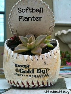 :: Softball Planter :: Recycled Garden Projects :: Upcycled Kids Toy Crafts ::
