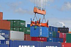 Massiver Einbruch im Außenhandel
