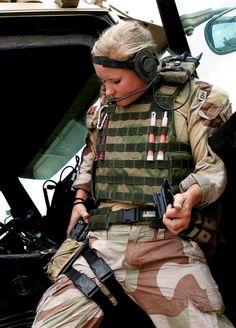 Norwegian military gals