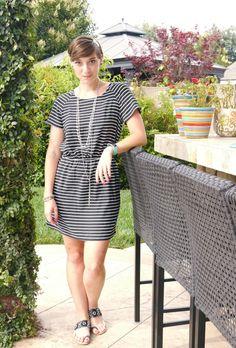 Girls' Night! -- versatile thrifted dress with fun sandals & accessories | Delightfully Kristi #ThriftStyleThursady