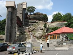 Olumo Rock in Abeokuta, Ogun State Nigeria. What a site to behold. View is awesome from the top of the Rock.