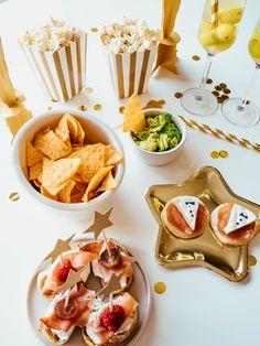 Przekąski proste i łatwe do przygotowania na Oscarowe spotkanie Oscar Night, Martini, Guacamole, Sugar, Cookies, Desserts, Food, Crack Crackers, Tailgate Desserts