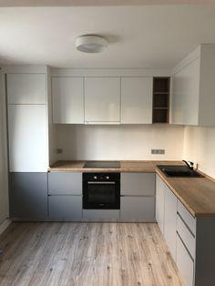 Small Apartment Design, Small Apartments, Kitchen Design, Decoration, Kitchen Cabinets, New Homes, Room Decor, Interior Design, House