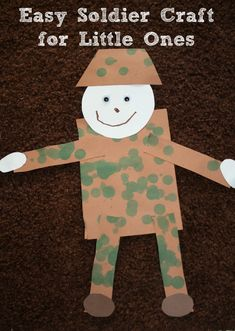Easy Soldier Craft for Veteran's Day.simple shapes Veterans Day craft for kids, using finger prints of all shades of greens and browns for camo Remembrance Day Activities, Veterans Day Activities, Holiday Activities, Preschool Activities, Veterans Day For Kids, Remembrance Sunday, Daycare Crafts, Classroom Crafts, Toddler Crafts
