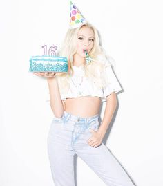 @jordynjones birthday all day!   New 'Sweet Sixteen' @bonnienichoalds photo…