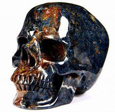 Skeleton Dance, Skull Decor, Beautiful Mind, Crazy Lace Agate, Crystal Skull, Rocks And Gems, Blue Gold, Sculpture Art, Minerals